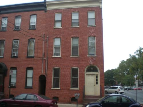 129 E Walnut Street #2 Photo 1