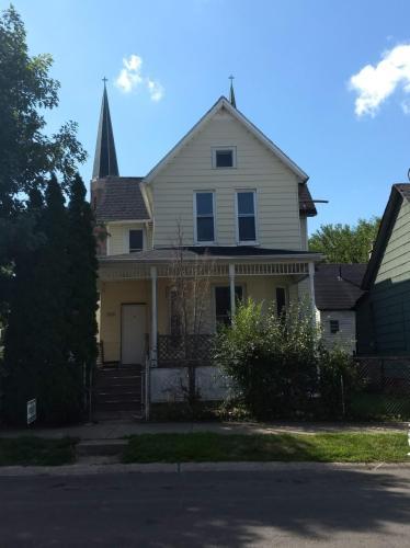 2663 Sampson Street Photo 1