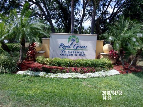 12581 Gateway Boulevard Photo 1