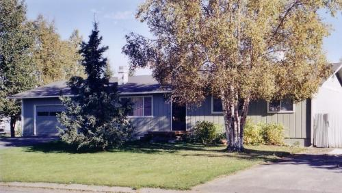 8401 Wisteria Street Photo 1