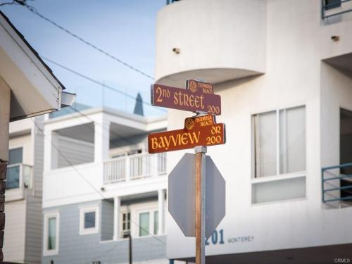 224 Bayview Drive Photo 1