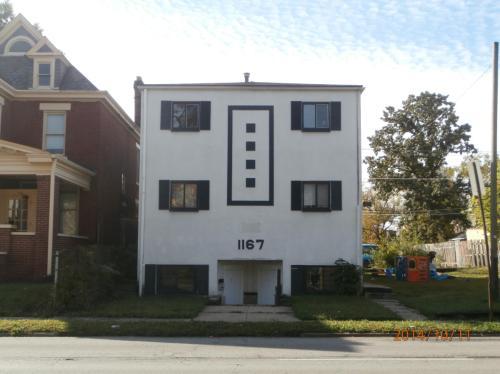 1167 E Livingston Avenue Photo 1
