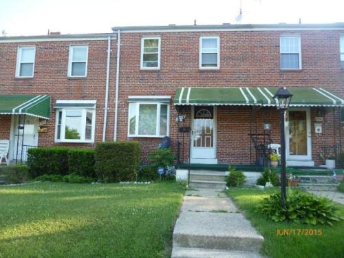 1704 White Oak Avenue Photo 1