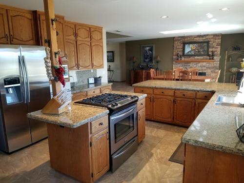 2798 Alta Vista Drive Photo 1