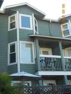 6318 9th Avenue NE Photo 1