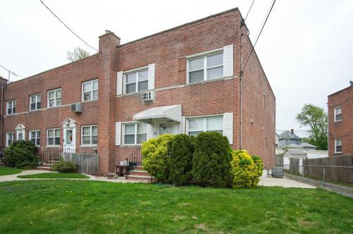 15 Hodges Place Photo 1