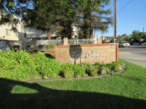 11150 Glenoaks Boulevard Photo 1