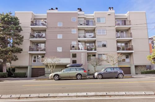 3045 20th Avenue W #107 Photo 1