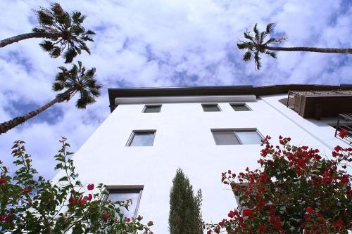 6900 Bonita Terrace Photo 1