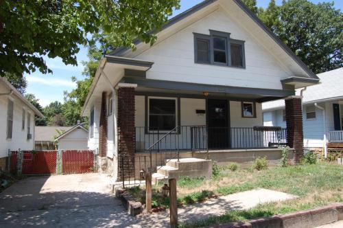 4318 Cambridge Street Photo 1
