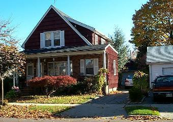 Hawthorne Avenue Photo 1