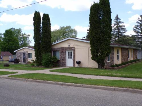 204 Fuller Avenue Photo 1