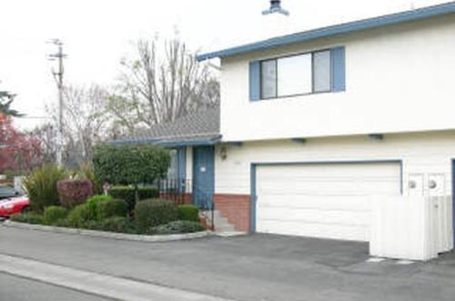 2938 Moorpark Avenue Photo 1