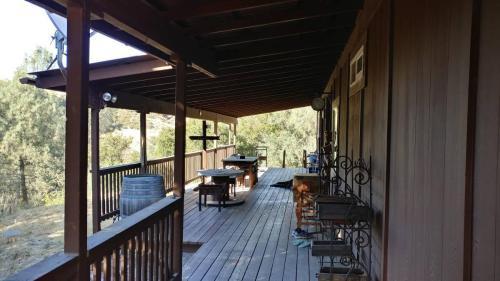 9330 Horseshoe Canyon Road Photo 1