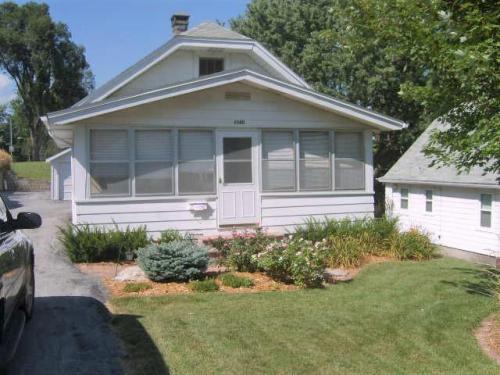 5540 Pine Street Photo 1