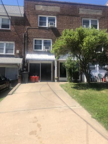 374 Lawton Avenue #B Photo 1