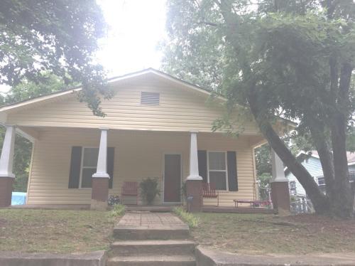 5222 Slayton Avenue Photo 1