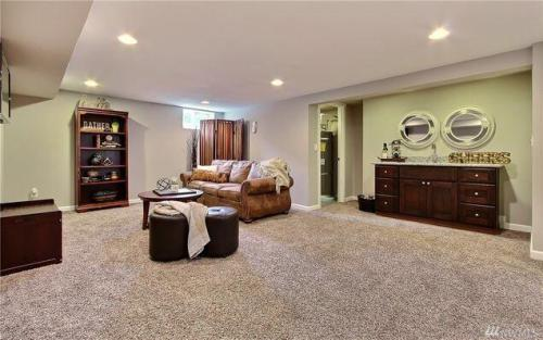 4025 Soundview Drive W #DOWNSTAIRS Photo 1