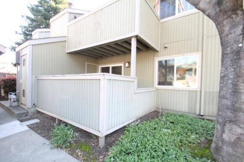3224 Red Cedar Terrace Photo 1