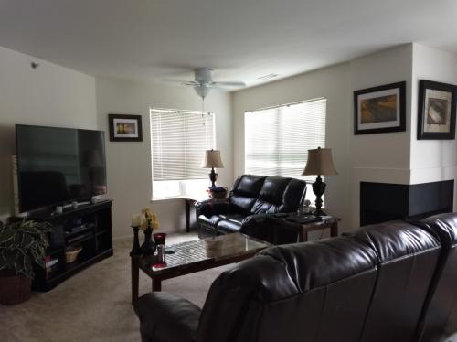 5702 Walnut Avenue #2C Photo 1