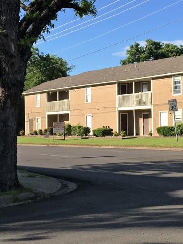 2600 Grim Avenue #202 Photo 1