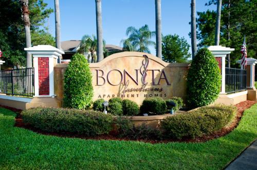 Bonita Fountains Photo 1