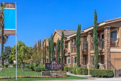 Tuscan Townhomes Photo 1