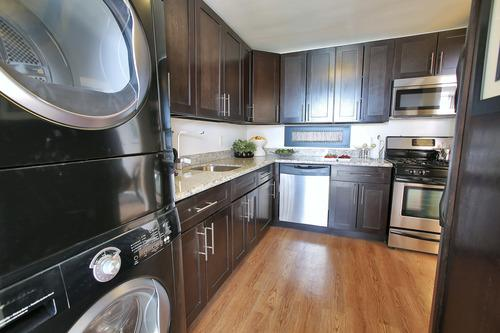 The Grand Cherry Hill Apartment Homes Photo 1