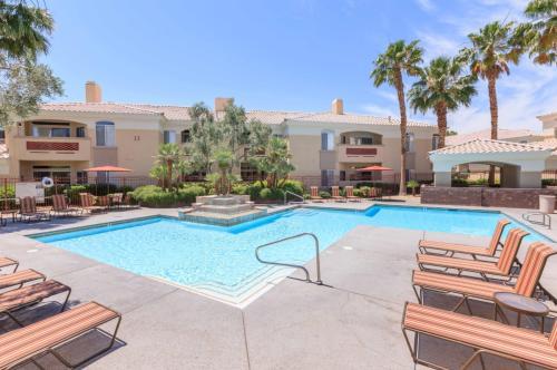 5353 W Desert Inn Road Photo 1