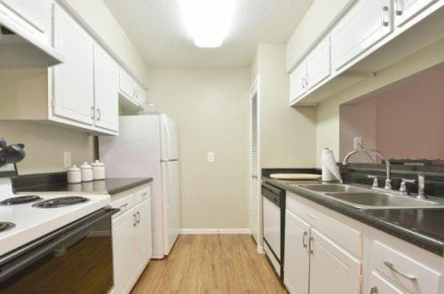 Brittany Place Apartments Photo 1