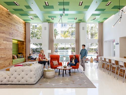 Metropolitan Apartments Photo 1
