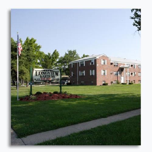 Longview Garden Apartments Photo 1