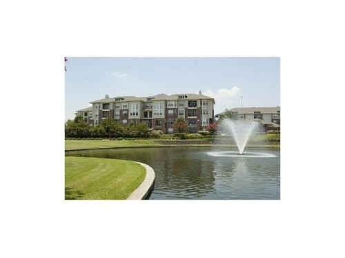 Meyer Park Lakeside Photo 1
