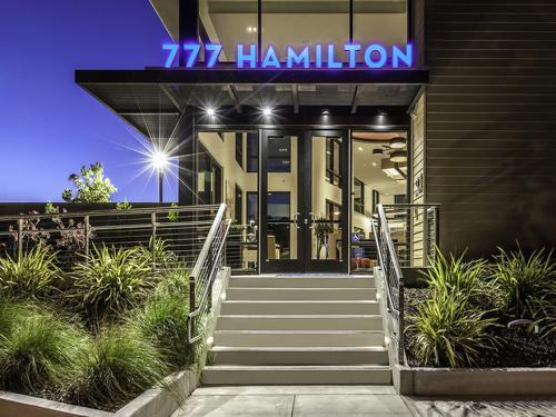 777 Hamilton Photo 1