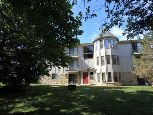 Castle Bluff Apartments Photo 1
