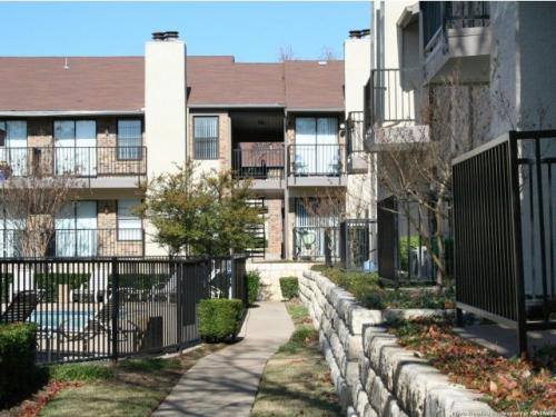 Forest Cove Apartments Photo 1