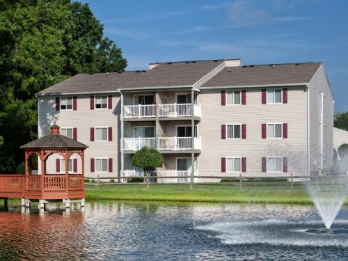 LakeRidge Square Apartments Office E Photo 1