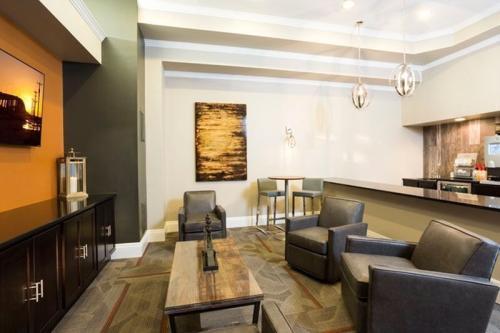 Aspen Ridge Apartments Photo 1