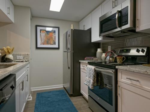Doral West Apartment Homes Photo 1
