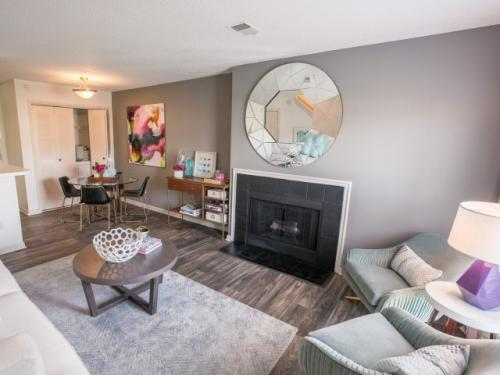 Williamsburg Townhomes Rental Homes Photo 1