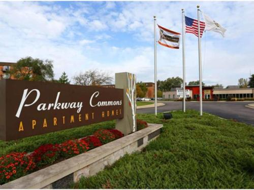 Parkway Commons Photo 1