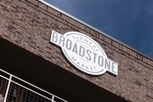 Broadstone Farmers Market Photo 1