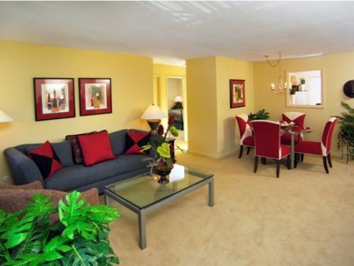Fairlawn Apartments Photo 1