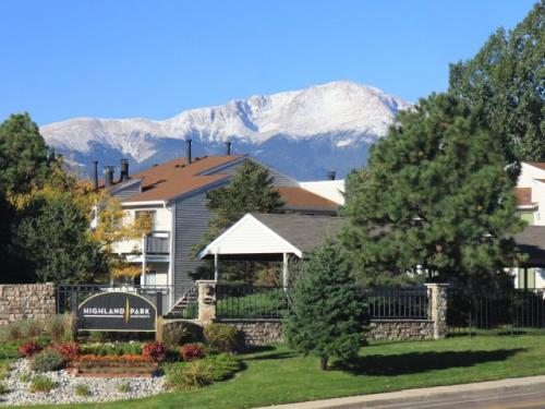 Highland Park (Colorado Springs) Photo 1