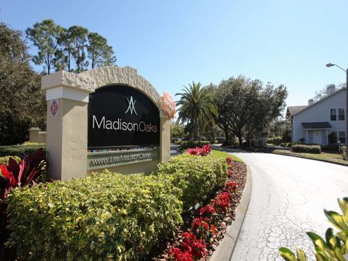 Madison Oaks Photo 1