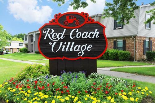 Red Coach Village Photo 1