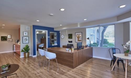 Sloan's Lake Apartments Photo 1