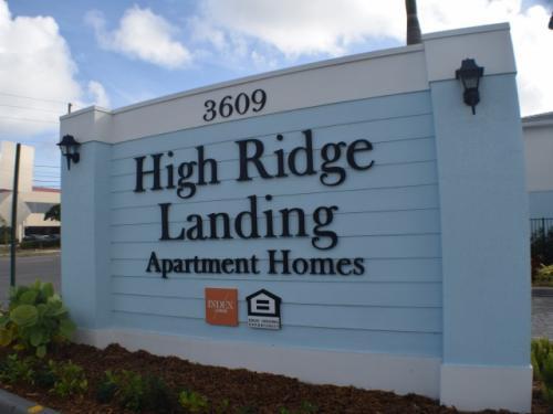 High Ridge Landing Photo 1