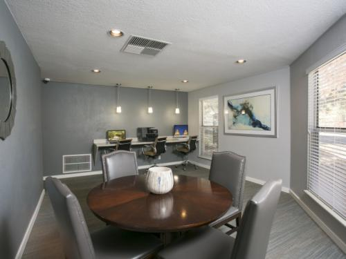 Waterfield Court Apartments Photo 1