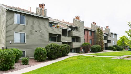 Deer Crest Apartment Homes Photo 1